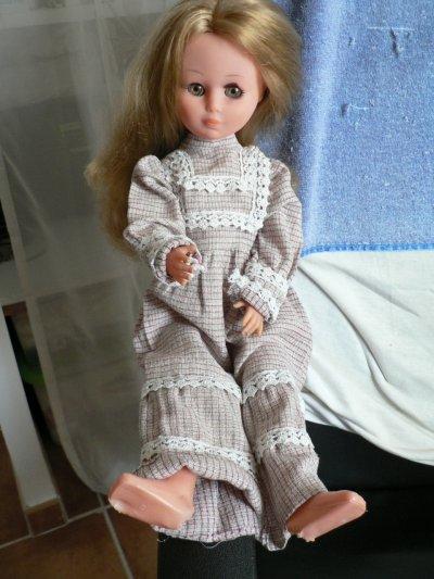 vend ou echange  poupée italienne zz