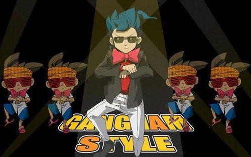 Mais what !!!! XD Gagnam style XD