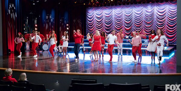 Dreams Come True / Glee6x13 - I Lived (2015)