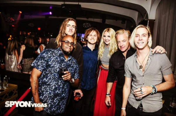 R5 and Cie at Vegas. ❤ #2