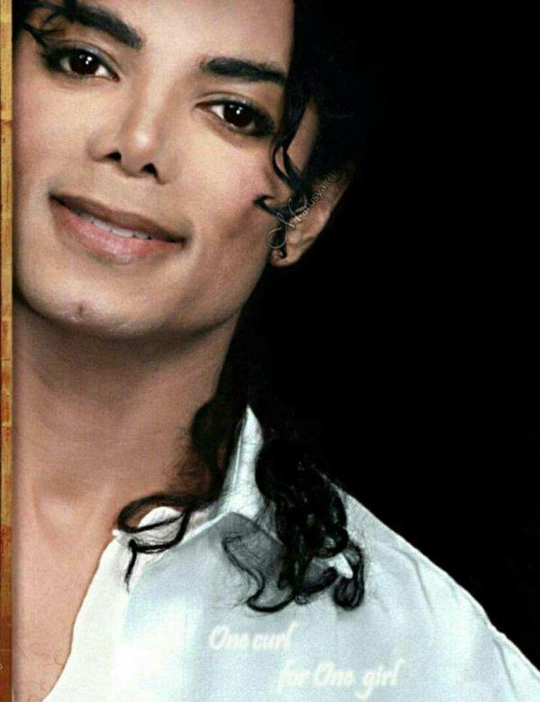 Joyeux anniversaire à ma Nicole et à mon MJ! ❤❤❤❤❤