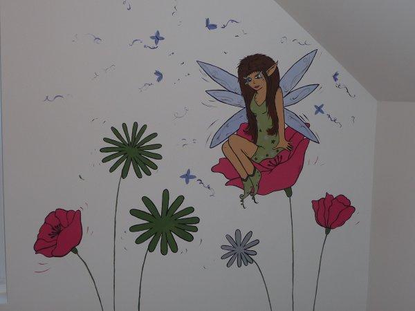 peinture sur mur chambre d 39 enfant f e et fleur m lart. Black Bedroom Furniture Sets. Home Design Ideas