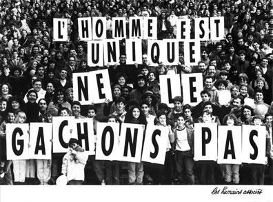""""""" Tous frères et soeurs, reformons la chaine car nous ne sommes qu'un divisé dans la chaire """""""