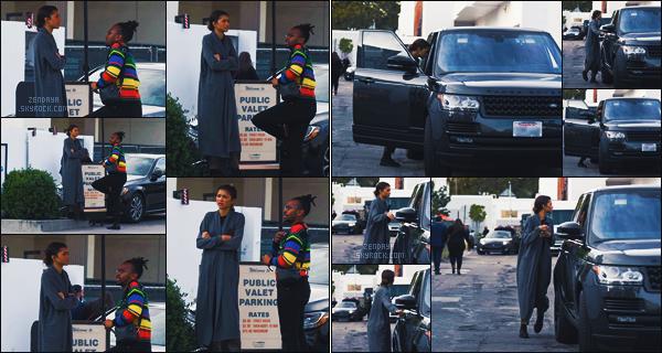 - 22 DÉCEMBRE 2019 ☾  Zendaya était avec son frère au  «Club Monaco » à Los Angeles.  -