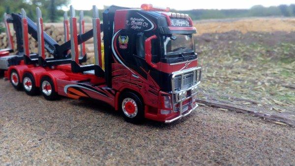 camion remorque volvo FH4