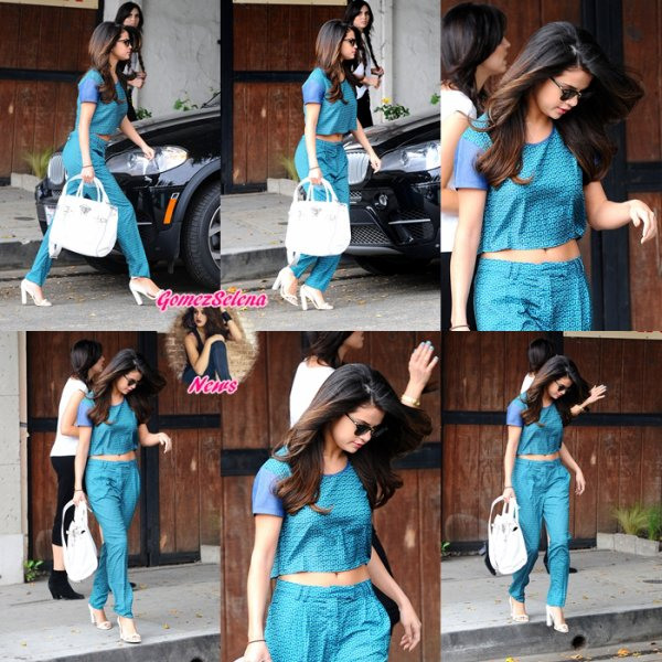 22.03.2014:Selena a été vue arrivant àl'hôtel Sunset Tower à West Hollywood