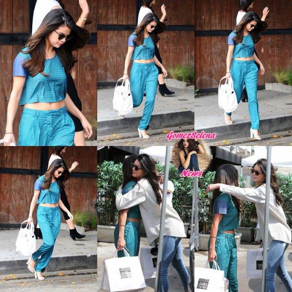 22.03.2014:Selena a été vue arrivant àl'hôtel Sunset Tower à West Hollywood