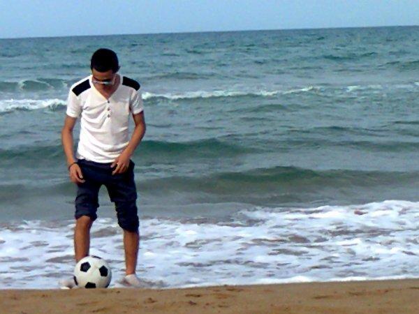 حبي وعشقي كورة القدم