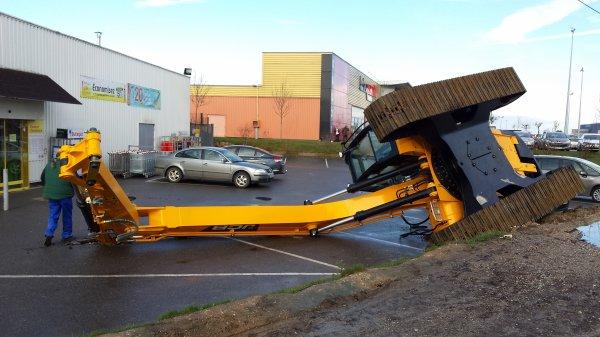 grue tombé d un camion