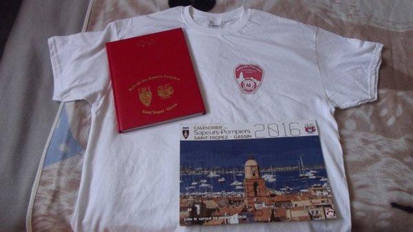 tee shirt . calendrier + agenda des pompiers de st Tropez