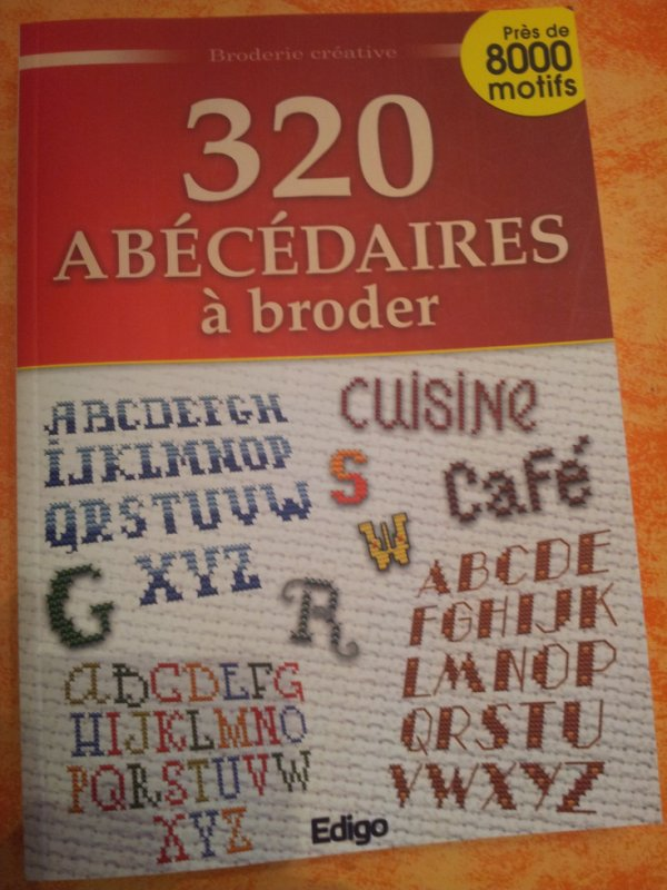 livre abecedaire point de croix