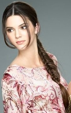 Coiffure: Kendall Jenner O1