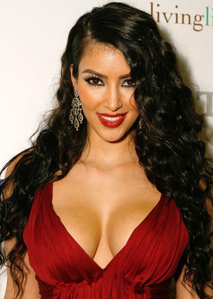 Coiffure: Kim Kardashian O1