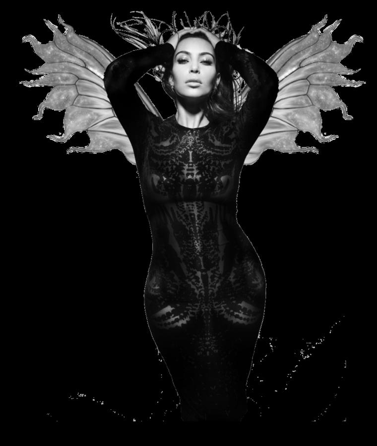 Robe: Kim Kardashian O3