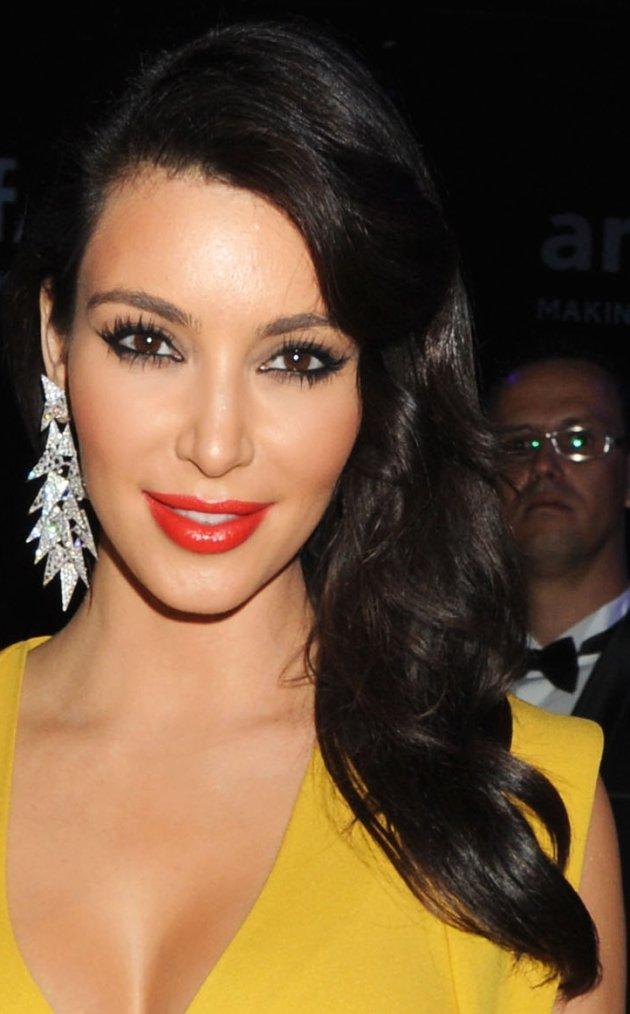 Coiffure: Kim Kardashian O2