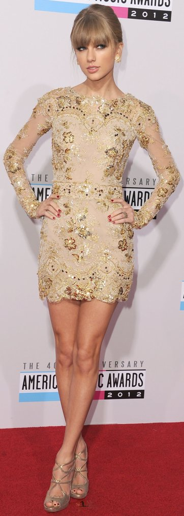 Robe: Taylor Swift O2