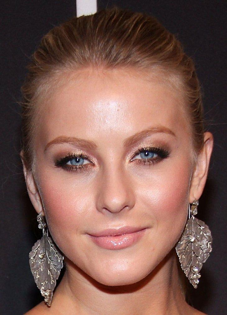 Maquillage: Julianne Hough O1