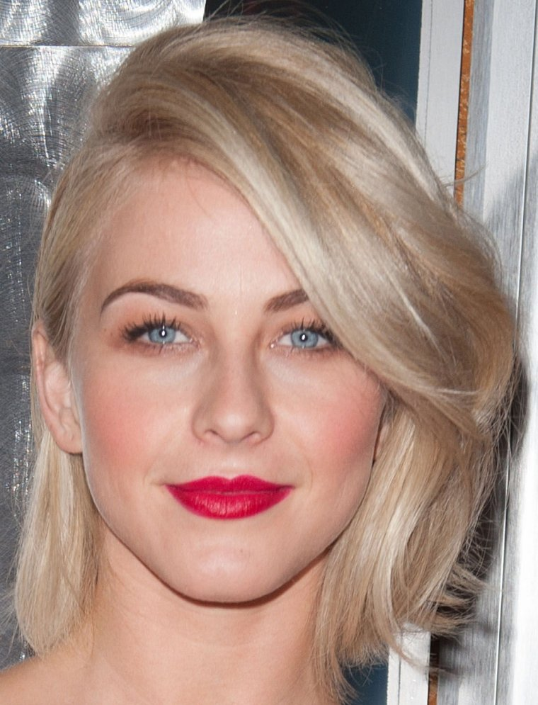 Maquillage: Julianne Hough O2