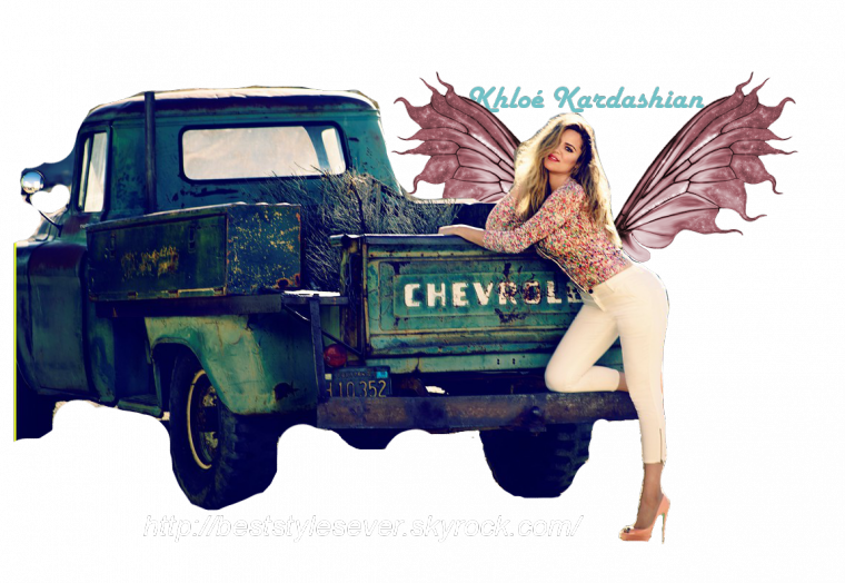 Style: Khloé Kardashian O2