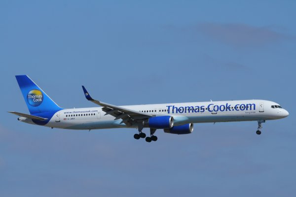 THOMAS COOK  BOEING 757-300  G-JMAA