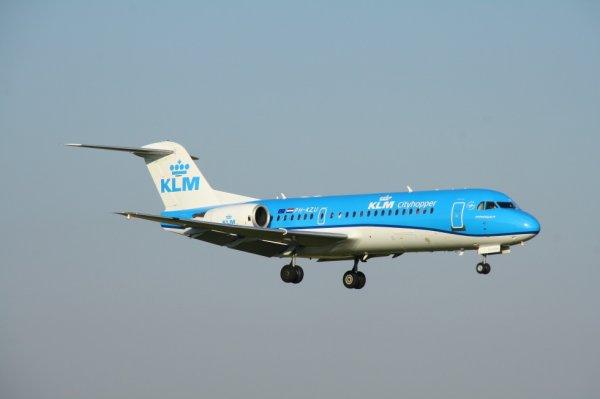 KLM-CITYHOPPER  FOKKER70  PH-KZU