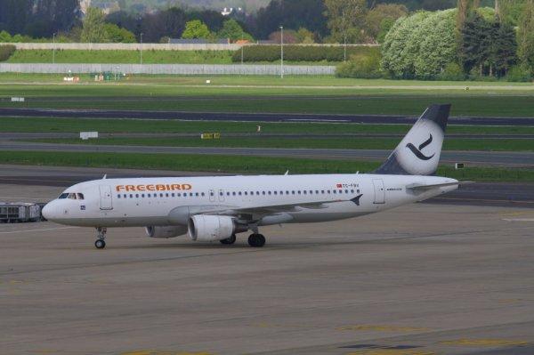 FREEBIRD  AIRBUS A320-200  TC-FBV