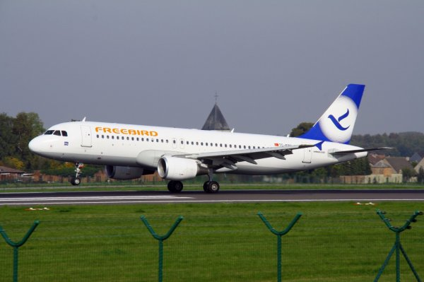 FREEBIRD  AIRBUS A320-200  TC-FBO