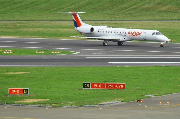 HOP!  ERJ-145  F-GUBC
