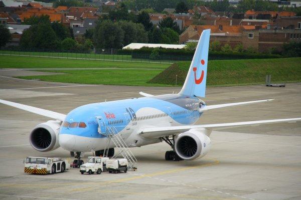 ARKE  BOEING 787-8 Dreamliner  PH-TFL