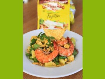 """"""" Salade de Crevettes Exotique aux Tortilla Chips ( Recette Spéciale Méxicain )  """""""