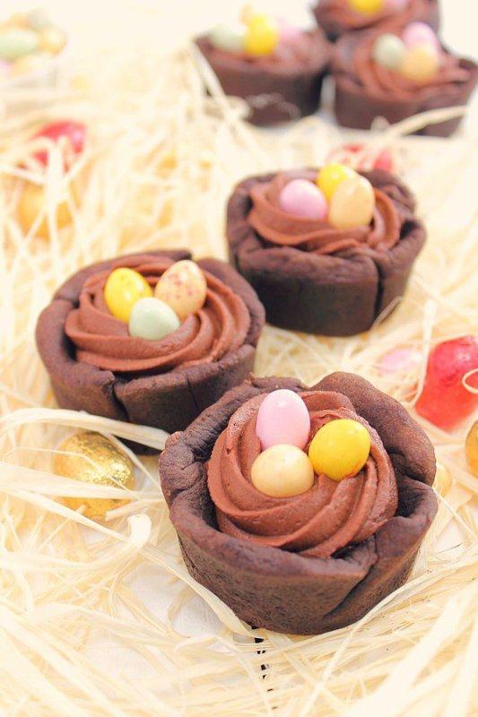 """"""" Tartelettes Nid de Pâques au Chocolat Noir """""""