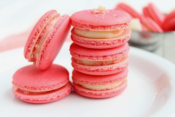 """"""" Macarons Pétillants à la Barbe à Papa """""""