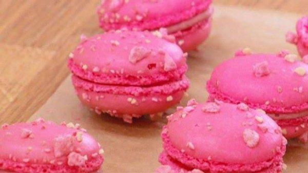 """"""" Les Macarons Lait Fraise de Yannick Lefort ( Recette Spécial le Meilleur Pâtissier sur M6 ) """""""