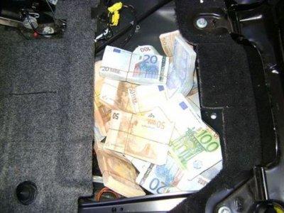 le trafic d'argent