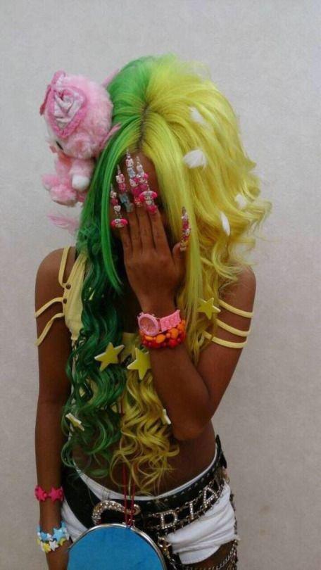 gyaru fashion<3<3