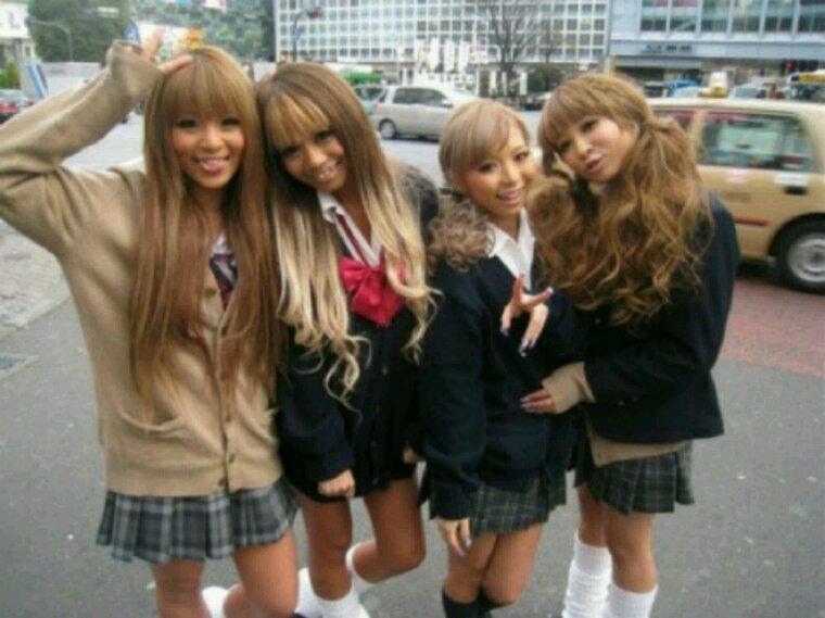 Gyaru une mode japonnaise vous en pensez quoi??