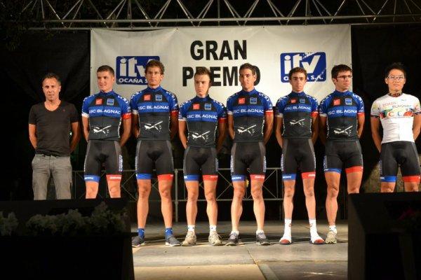 Extrait Facebook de Tomohiro sur la présentation des équipes (Vuelta a Toledo)