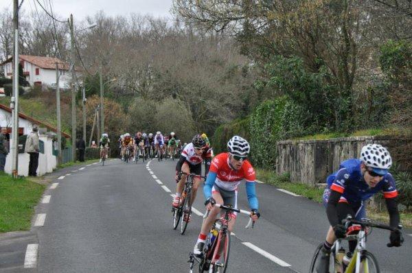 Essor Basque 2014, Boucles de l'Essor le 15/02/2014; 100km