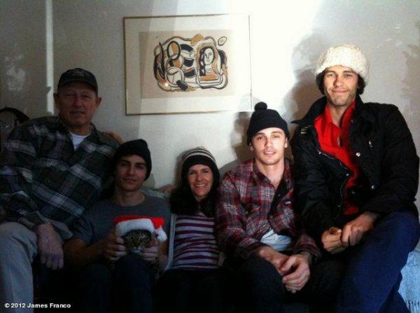 Nouvelle photos de Dave poster par James Franco sur Who.Say