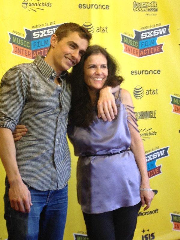 """Dave & Sa mère Betsy Franco à la première de '' Would you"""""""