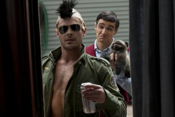 Neighbors Red Band Trailer – Zac Efron & Dave Franco turn frat boys