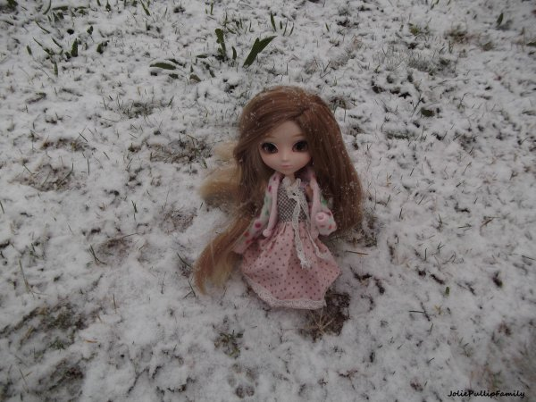 Candice dans la neige