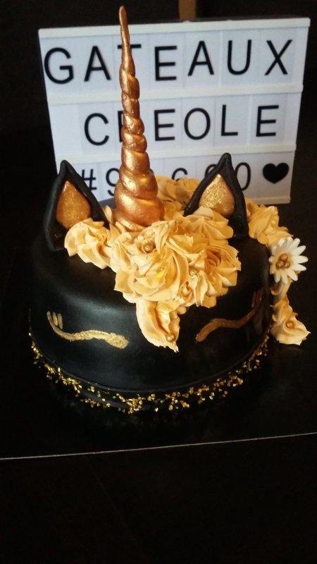 Gâteau licorne noir