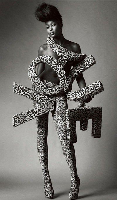 Naomi Campbell .