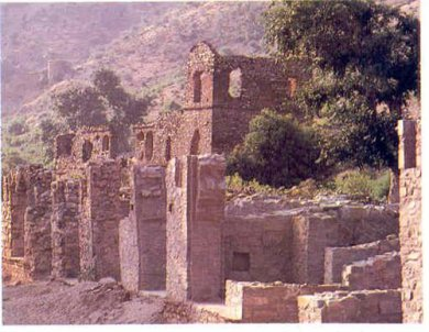 Bhangarh : A True story , a mysterious reaction and a devastating result!!!!