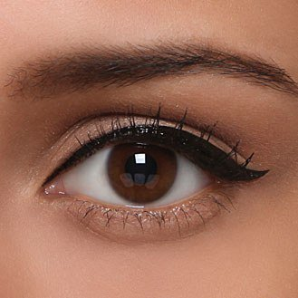 Le trait d'eye liner