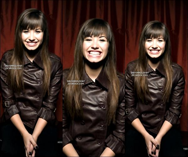 Re découvrez un photoshoot de Demi Lovato en 2008, pour  « TV Guide ».