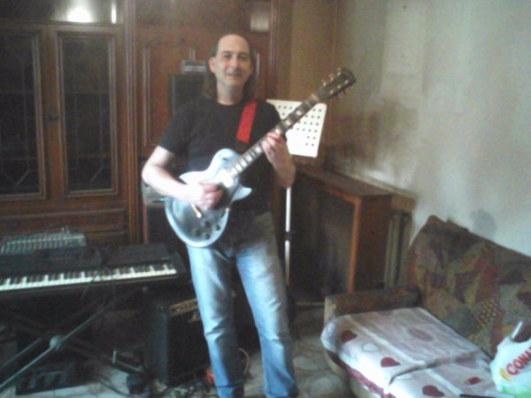 http://www.metacafe.com/channels/Luciano%20Falciani_8186040/videos/