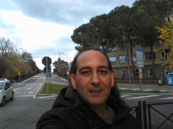 http://www.metacafe.com/watch/11589397/penso-a-noi-posso-convincerti-album-n-7-perde-la-malinconia-latin/