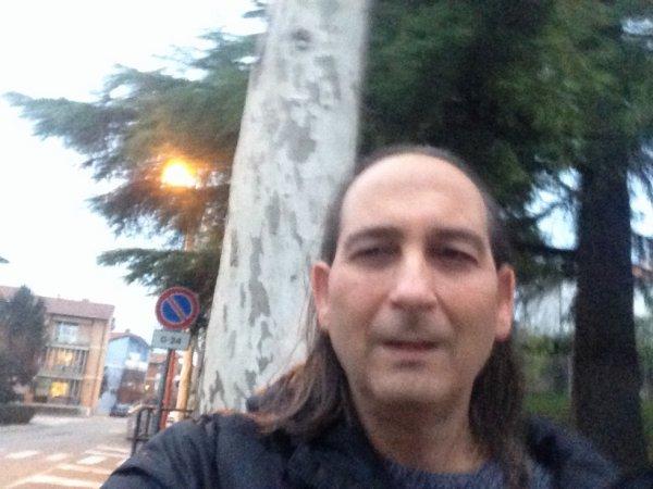 http://luciocantautore.blogspot.com/2018/01/se-non-lo-sai-album-n-9-2017-giorno.html